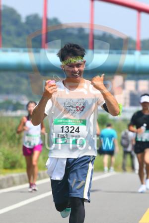 小碧潭公園附近-1():2018momo愛媽咪公益路跑,1324,10K,楊詠勝