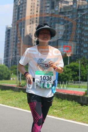 小碧潭公園附近-11():0,20 18momo愛媽咪公益路,1036,10K,紀淑琴