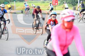 單車項目_折返點附近3(中年人):一路,登尺