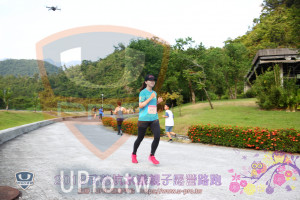 第三梯路跑():著坑水漾親子,EENBURROA勘平台htips://wwww Uepro tw,路跑