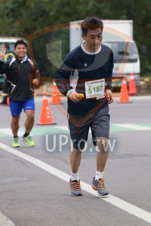 金門馬拉松-終點前500公尺08(MING JYUN WANG):2019金門馬拉松,糧馬拉松21.0975KM邸,5187