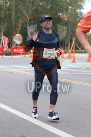金門馬拉松-終點前500公尺08(MING JYUN WANG):2019金門馬拉松,3469,陳敏郎