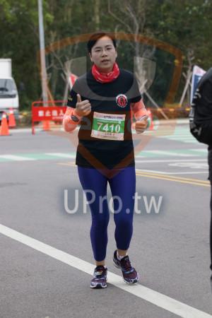 金門馬拉松-終點前500公尺08(MING JYUN WANG):200金門馬拉松,半程馬拉松21 0975KM,7410