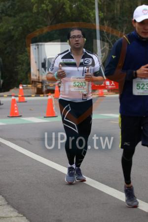 金門馬拉松-終點前500公尺08(MING JYUN WANG):5203,523