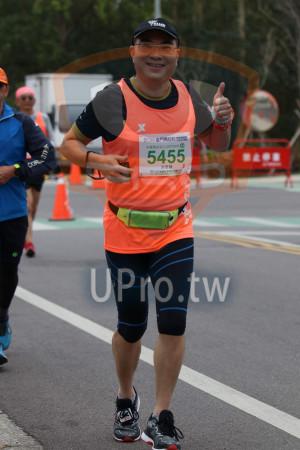 金門馬拉松-終點前500公尺08(MING JYUN WANG):2019金門馬拉松,半程馬拉松21-0975KM,5455,洪思發