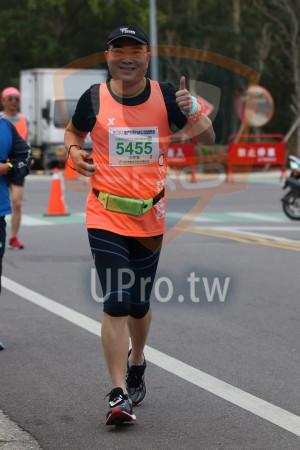 金門馬拉松-終點前500公尺08(MING JYUN WANG):2019金門馬拉松1A,半程馬拉松21.0975KM,INMEN,5455,洪思發