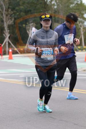 金門馬拉松-終點前500公尺14(MING JYUN WANG):241,Di9金門馬拉松,全程觅拉松42.195KM。,匡家羽