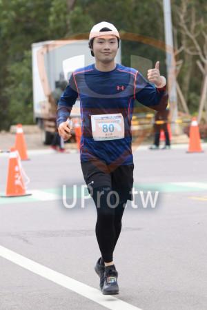 金門馬拉松-終點前500公尺14(MING JYUN WANG):2019金門馬拉松enn,全程馬拉松42 195KM,80,黃柏璋