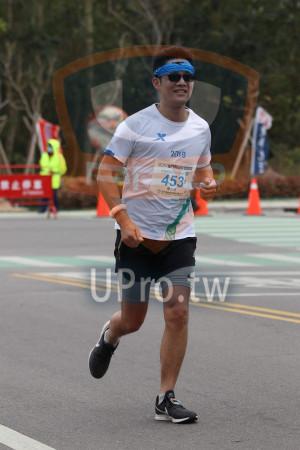 金門馬拉松-終點前500公尺15(MING JYUN WANG):LX,2019,2OiQ金門馬拉松,馬拉都42, 1950 M,453,陳志煌,HIRE