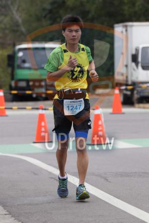 金門馬拉松-終點前500公尺15(MING JYUN WANG):AN,2019金門馬拉松,全程馬拉松42.195KM,1247,林宏彥