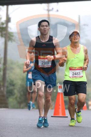 賽道5K處,補給站前01(Ming Jyun Wang):21KM半馬泪男,2369,2483
