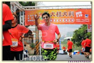 大桔大利峨眉鄉半程馬拉松 起終點處 (2)(ssu ying Chiou):点大 大利,:桔,主辦,220,2600